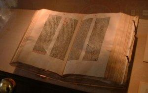 Loc-gutenberg-bible